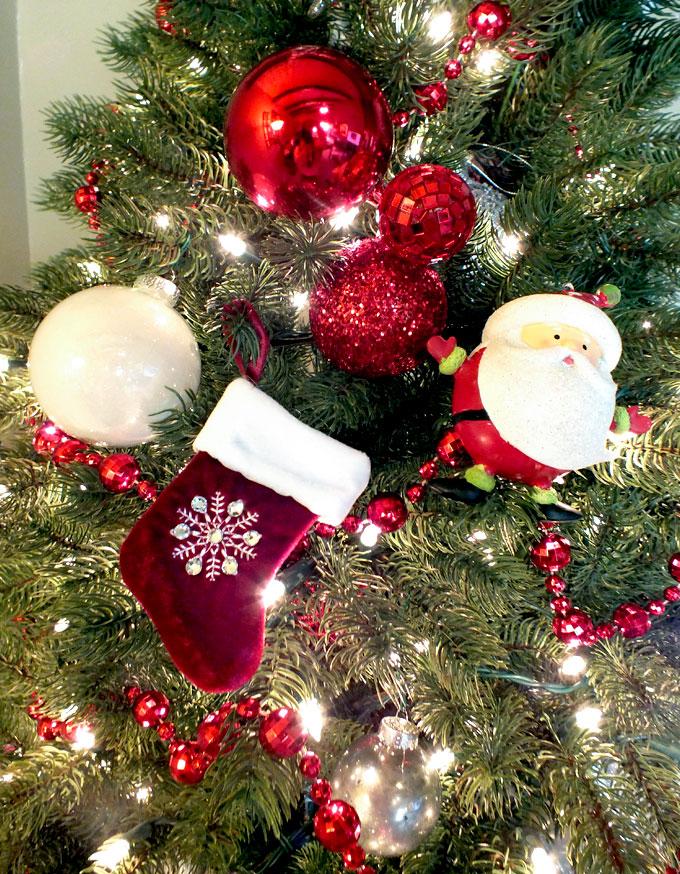 9 Best Christmas Trees on Pinterest