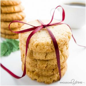 7 keto christmas cookies that taste super delicious. These ultimate keto christmas cookies will delight the whole family and guest during this holiday season. You must pin these Christmas dessert keto cookies to enjoy. These are the BEST keto cookies for the Christmas holidays #keto #cookies #ketocookies #christmas #christmascookies #holidaytreats #desserts #recipes #ketocookiesideas