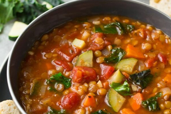 6 Delicious fall soup recipes that taste insanely good. Healthy fall soup recipes that will warm you up and you can cozy up to. These autumn fall soup recipes are so healthy, easy and fast to prepare. When you pin this recipe, your whole family will go wow! #fallsouprecipes #recipes #soups #healthy #healthyrecipes #delicious #hacks #food #yummy