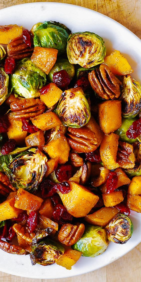 13 Best Thanksgiving side dish recipes that are super healthy and delicious. These 13 Amazing Thanksgiving sides will wow your entire family and guests during your Thanksgiving party. Your Thanksgiving holiday dinner party will come alive with these ultimate Thanksgiving side dish recipes #thanksgiving #sidedish #sidedishes #sides #meals #dinner #thanksgivingparty #thanksgivingdinner #recipes #healthy #healthyrecipes