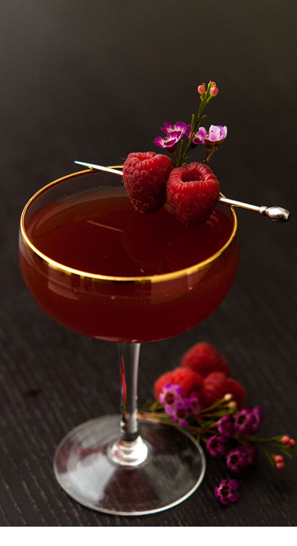 16 Romantic Valentine's Day Cocktails for Your Special Moments. The best Valentine's Day romantic cocktails. These romantic cocktails will help you build memories that will last a lifetime #valentine #valentinesday #romantic #love #honeymoon #specialmoments #boyfriend #husband #girlfriend #date